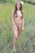 http://img41.imagevenue.com/loc200/th_705671946_EB_Presenting_Marika_Marika_medium_0060_123_200lo.jpg